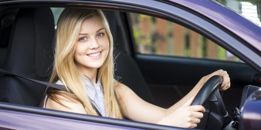 Importance of Driving Lessons from Reputed Driving School